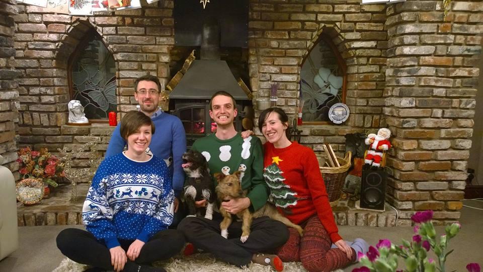 dodgy family christmas photo