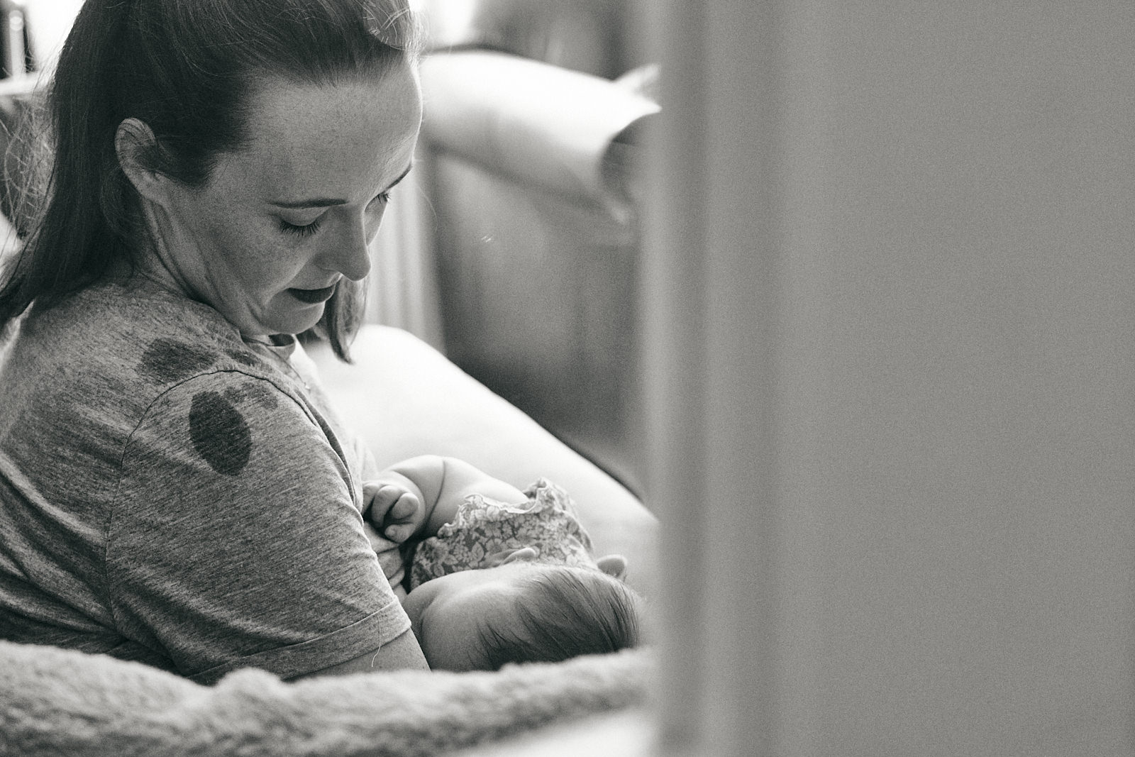 natural breastfeeding photograph of mum at home in Wigan